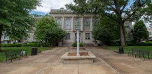 Alternate image of Old Newton Courthouse